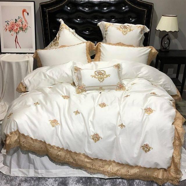 Oriental Embroidery Luxury Royal Bedding Set Egypian cotton Lace Golden White Queen King bed set Bedlinen sheet Duvet cover set Bedding